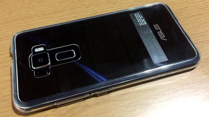 ZenFone 3用の透明ハイブリッドケース|見た目を損なわずしっかりガード(ray-out)